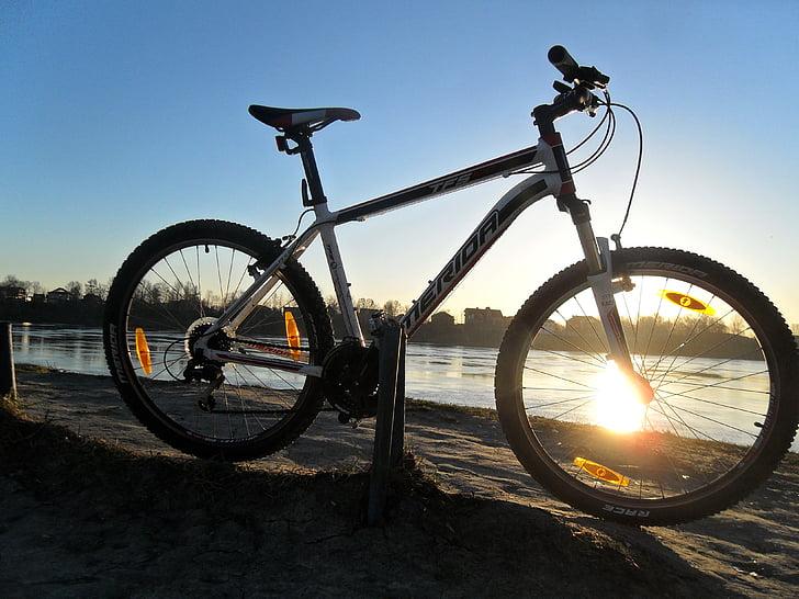 велосипед, Рассвет