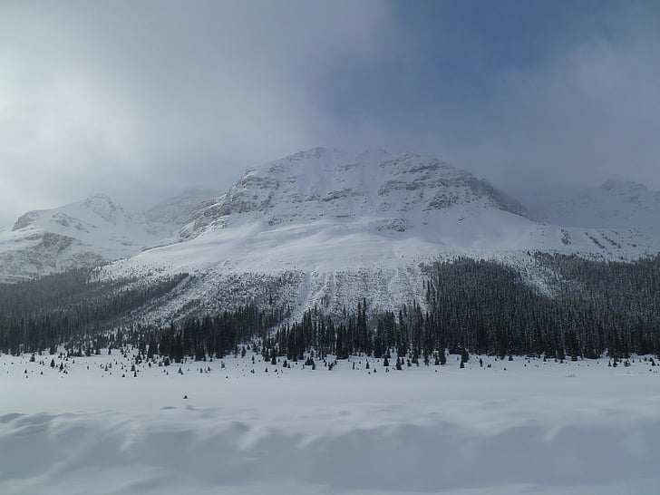 snowy mountain, mysterious mountain, looming mountain, winter mountain, canada mountain, canadian mountain, misty mountain