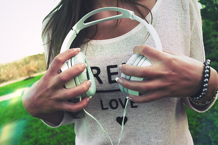 casque d'écoute, musique, mains, jeune fille, femme, gens, mode de vie