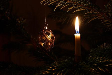 Nadal, arbre de Nadal, decoracions de Nadal, llums de Nadal