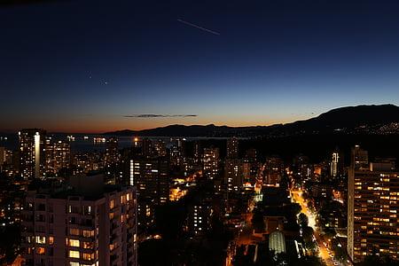 pemandangan kota, malam, iluminasi, Kota, City pada waktu malam, perkotaan, arsitektur