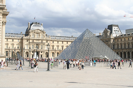 Louvre, Pariis, püramiid, klaasist püramiid, muuseum, Prantsusmaa, arhitektuur