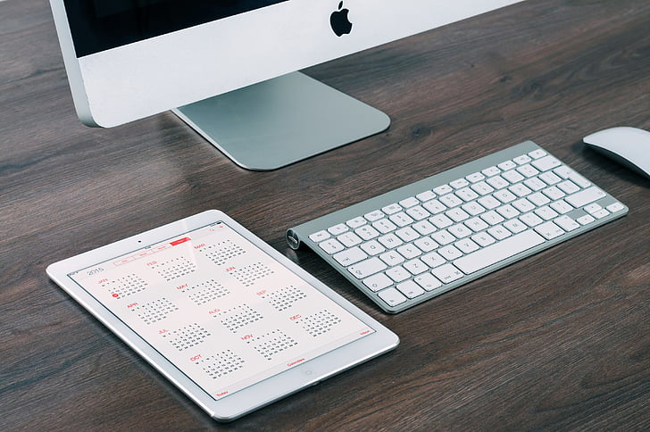 app, apple, calendar, computer, dates, desk, display