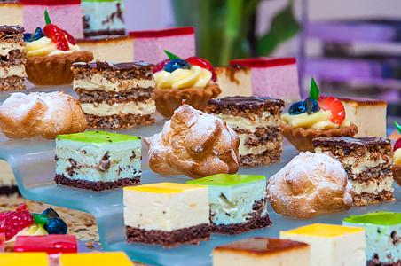 menjar, pastís, dolços, pastissos, monyo, pastissos amb crema, magdalenes