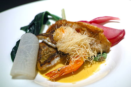 Restaurant, cuina, aliments, cuina francesa, peix, plats de peix, yanaginomai