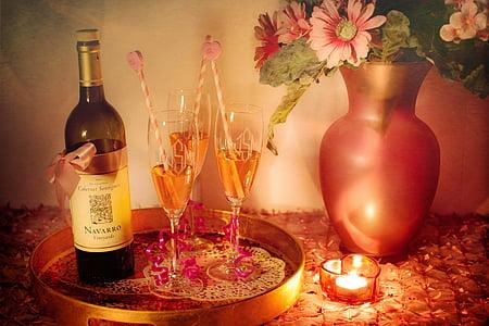 Vaikelu, Natüürmort, veini, veiniklaasi, pool, romantiline, valgustatud küünal