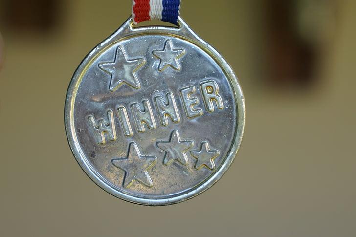 winner, medal, gold, award, success, first, front runner