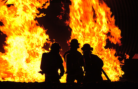 firefighters, demonstration, controlled fire, fight, heat, flames, extinguish