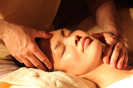 massage, Wellness, Japonais, acupression, points de pression, médecine traditionnelle chinoise, visage