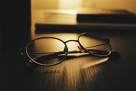 occhiali da vista, occhiali da sole, tavolo, scuro, camera, Ufficio, luce