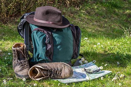 pěší turistika, Mapa, orientace, turistické boty, klobouk, batoh, cestování