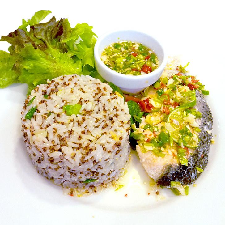 pārtika, pusdienas, ēdiens, vakariņas, plate, balta, šķīvi ar ēdienu