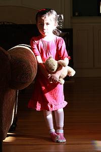 smutne dzieci, Dziewczyna, mała dziewczynka, portret, dziecko, Miś