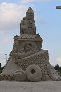 sand sculpture, structures of sand, tales from sand, fairytales sand sculpture
