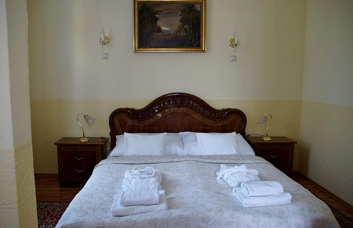 bed, hotel, room, double bed, bedroom, sleep