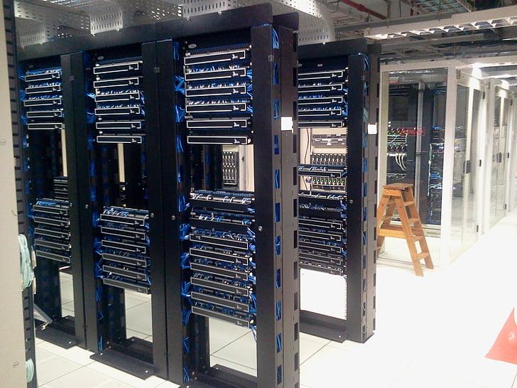 centre de dades, servidors, ordinadors, servidor de xarxa, tecnologia, xarxa informàtica, cremallera