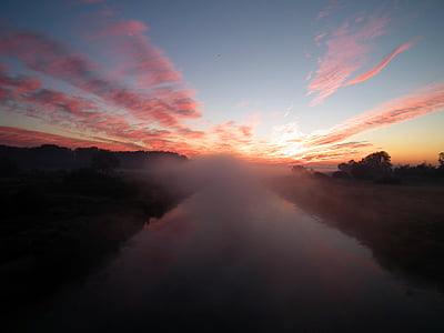 Molnigt, skymning, fält, dimma, dimma, naturen, floden