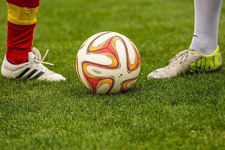 футбол, дуел, топка, футболисти, присъдените, опоненти, футболно игрище