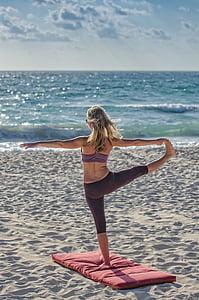 pláž, Plážové sporty, pobřeží, cvičení, Děvče, odpočinek, relaxace