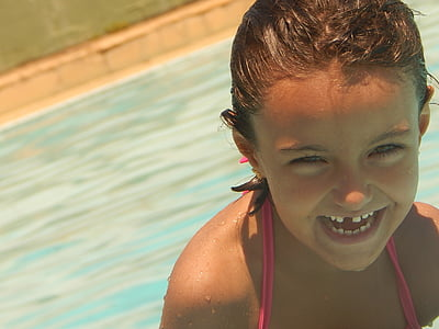 pool, smile, happiness, hair, happy face, smiley, smiling