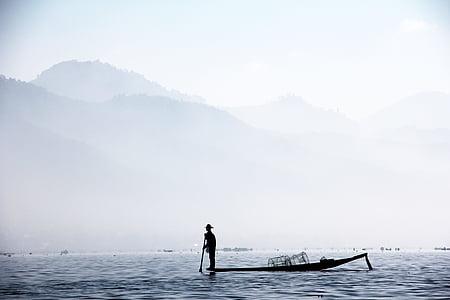 Fischer, jedna noha fischer, Myanmar, Inle, solanka, inlesee, ryby