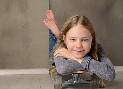 girl, skateboard, barefoot, cool, smile, feet, concerns
