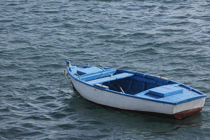 Brodovi i čamci - Page 36 Sea-little-boat-blue-water-preview
