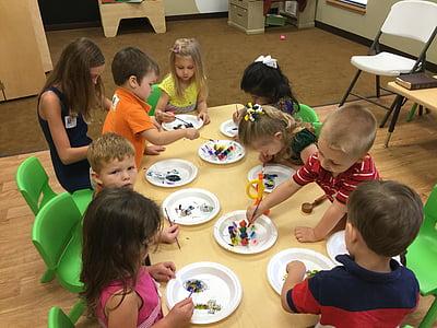 esikoululaiset, käsi-ja taideteollisuus, lapset oppiminen, lapsi, koulutus, ihmiset, tytöt