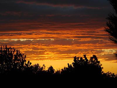 saulriets, mākoņi, debesis, saule, vakarā, debess mākoņi, saulrieta ainava