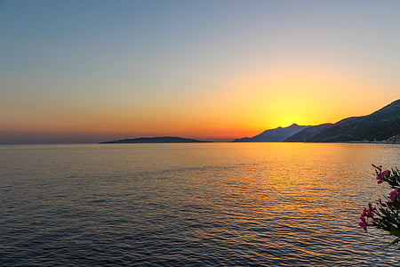 coucher de soleil tardif, Dalmatie, Croatie (Hrvatska), fond de coucher de soleil, mer, coucher de soleil, eau