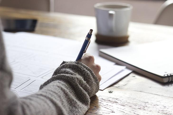 rakstiski, rakstīt, persona, dokumenti, papīra, piezīmju grāmatiņas, kafijas tasi