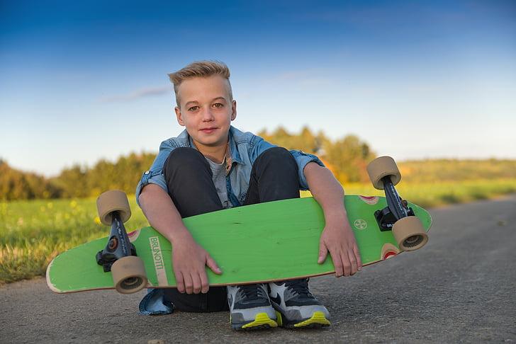 longboard, skateboarder, skateboard, juged, portrait, graffity, boy