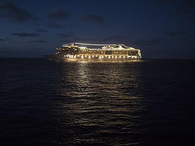 hamn, fartyg, kryssningsfartyg, natt, lampor, kusten, MSC