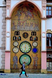 kvinnen gikk klokketårnet, tsjekkisk, Sentral-Europa