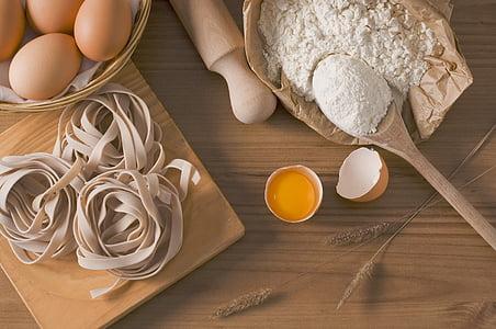 พาสต้า, มักมีผักชีเอเชีย, อาหาร, อาหารอิตาลี, ไข่, แป้ง, ไข่