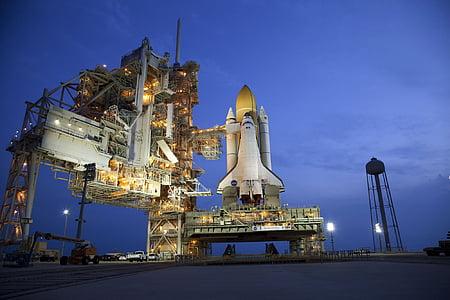 kosmosesüstik Atlantis, levikuga, algatada, antavate, astronaut, missioon, uurimine