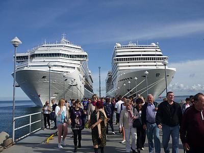 kryssningsfartyg, fartyg, kryssning, hamn, semester kryssning, turister, helgdagar