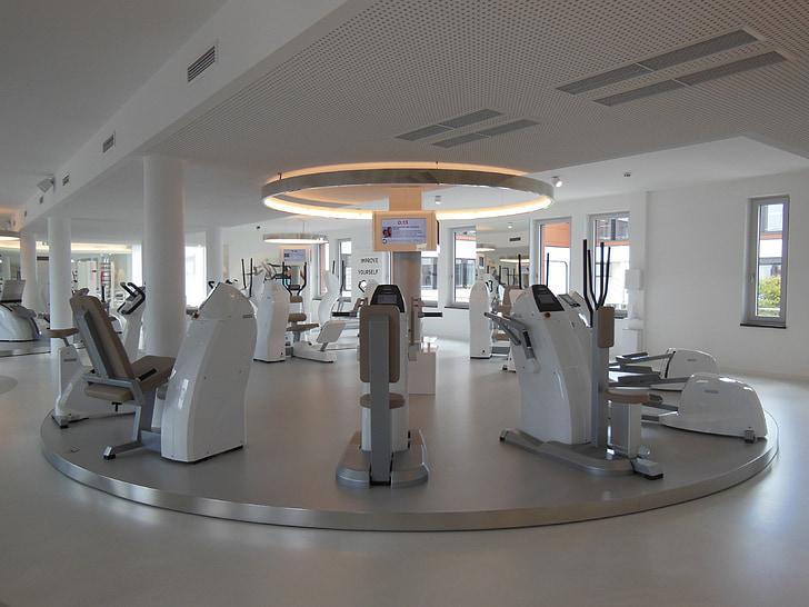 fitnesa studija, fitnesa iekārtas, elites fitnesa studija, Minhene, Exclusive fitnesseinrichtung, stiprums apmācībā, izturības apmācība