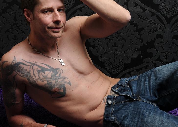 mand, tatoveret, tatoverede mand, tatoveringer, nøgen, kroppen, bryst