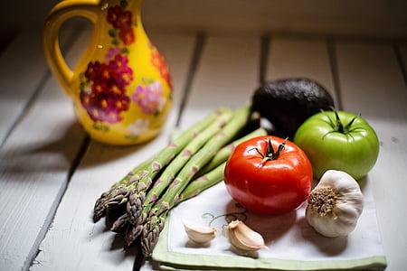 Zátiší, Zátiší, zelenina, vegetariáni, rajčata, česnek, stále
