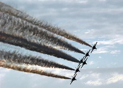 légi show, Blue angels, kialakulása, katonai, repülőgép, fúvókák, füst