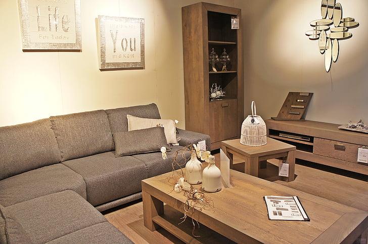 dzīvojamā istaba, sēdvietu skaits, tabula