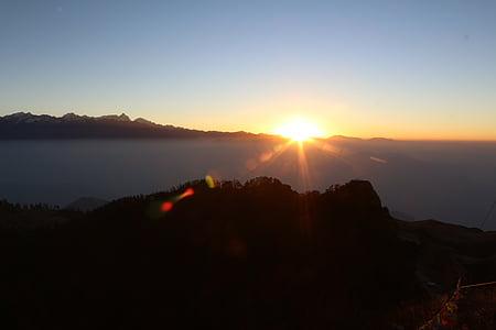 Dawn, soluppgång, solen, morgon, morgonsolen, bergen