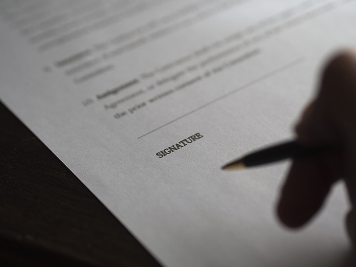 negoci, signatura, contracte, quantitat, paperassa, mà, preparat