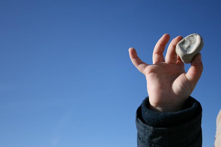 hånd, barn, stein, himmelen, blå, hånden holder, menneskelige hånden