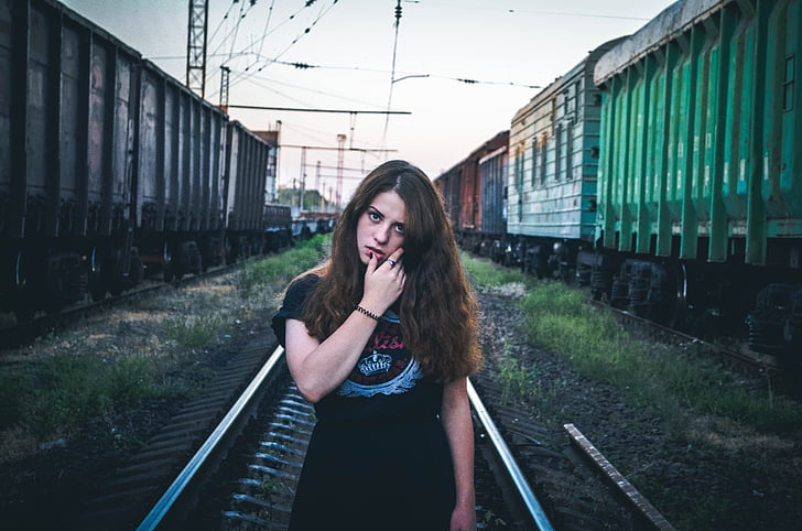 duvushka, train, vue, cheveux, robe, beauté, style