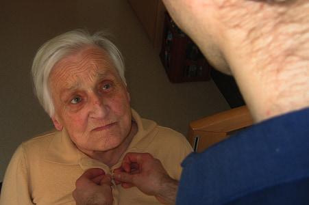 servizio civile, cura, demenza, donna, vecchio, età, morbo di Alzheimer