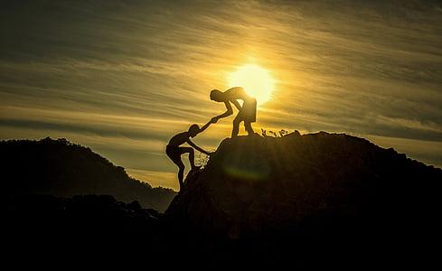 äventyr, höjd nivå, arm, bistånd, idrottsman nen, pojkar, utmaning
