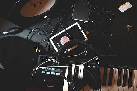 must, kõrvaklapid, Polaroid, elektriline, klaver, muusika, kõrvaklappide