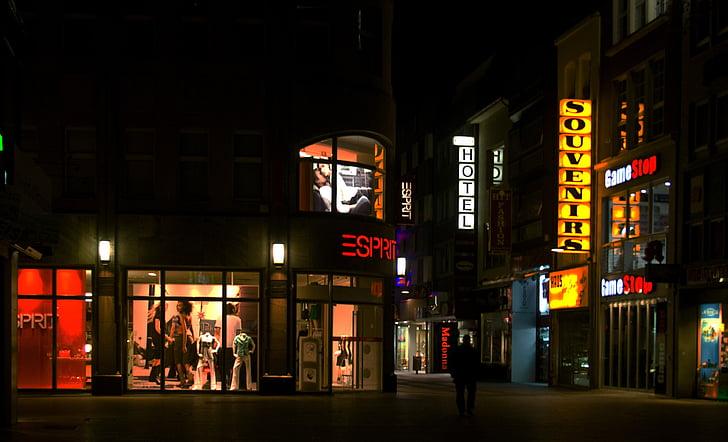 Di malam hari, gambar malam, Cologne